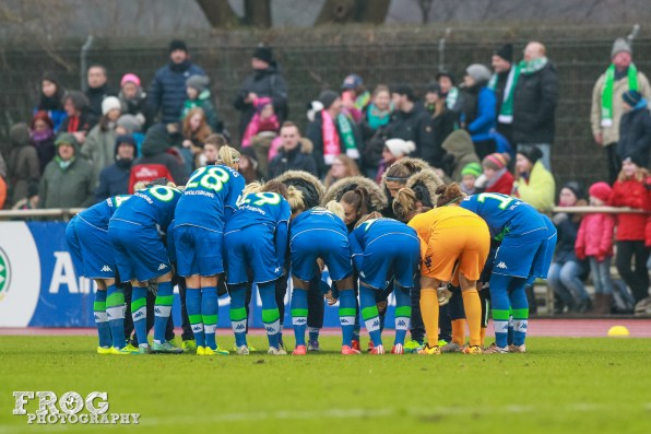 Wolfsburg huddle.